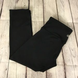 Lululemon Sz 4 Black Roll Over 7/8 Leggings